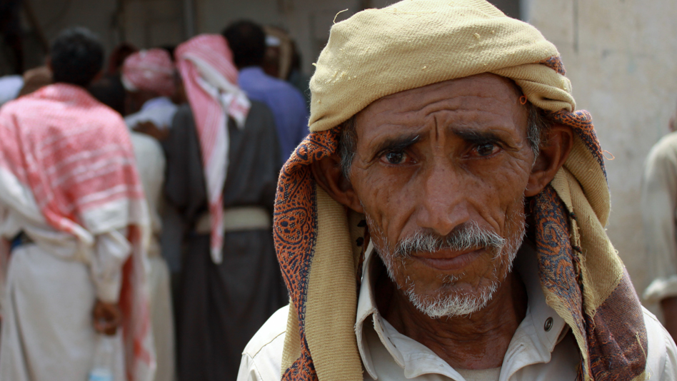 """Yemen, Al Mazrak camp. Displaced Yemeni awaiting registration with UNHCR for assistance"""